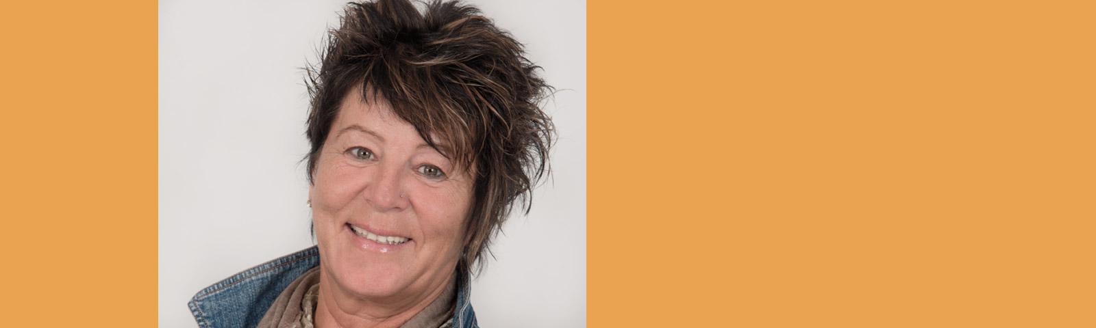 Hintergrund Martina Jansen | SMART & NETT VERLAG